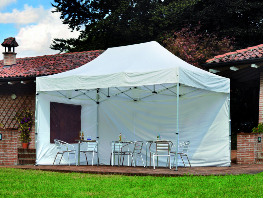 Gazebo telescopico per fiere mercatini professionale for Piani gazebo con camino