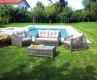 Set divanetti professionali matera in rattan avana con for Set arredo giardino