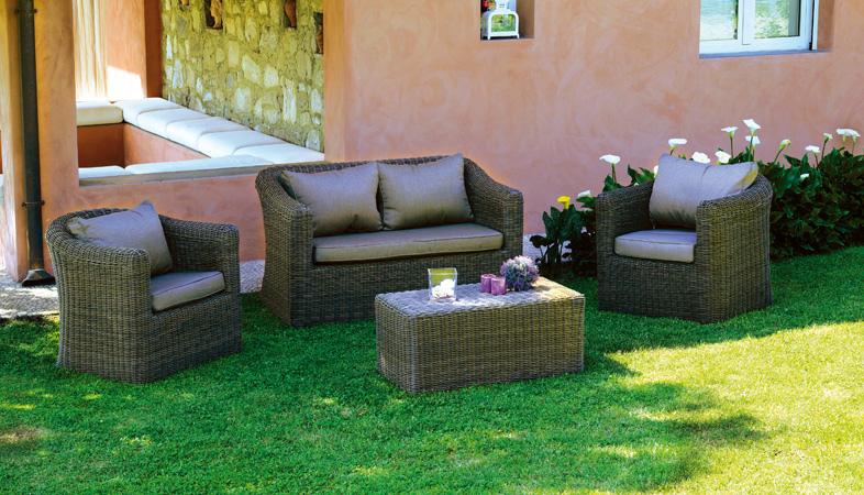 Set divanetti in wicker set caracas divano 2 poltrone - Divano giardino rattan ...
