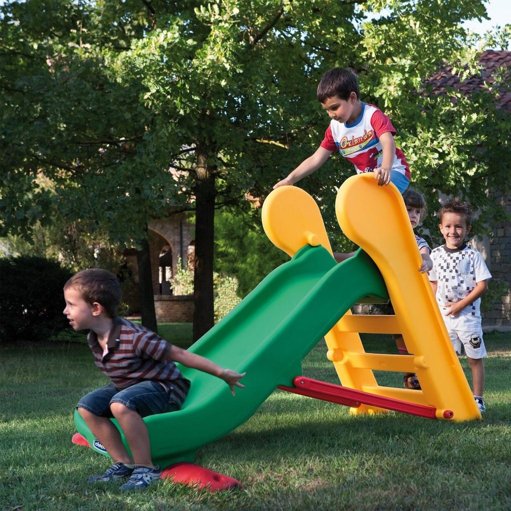 Scivolo in resina per bambini chicco 30201 doppia altezza for Scivolo chicco usato