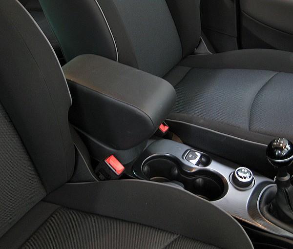 mazda 2 länge with Mittelarmlehne Fur Fiat 500x on Bilder Ford Grand C Max Vs  Mazda5 1641063 further Volkswagen golf sportsvan 20 tdi ktc6228 besides Gelaendewagen Und Suv 2015 besides Lancia Ypsilon  846 additionally Dimensions.