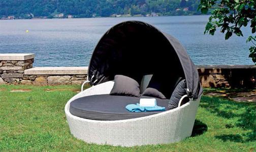 Lettino da giardino relax con tettuccio OASI 4 posti in wicker bianco
