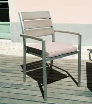 Sedia in resin wood VERNAZZA struttura alluminio e resin wood CHE 32