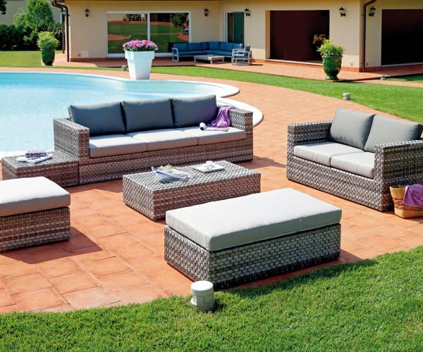 Set saint tropez in rattan sintetico color grigio composto - Set divano giardino ...