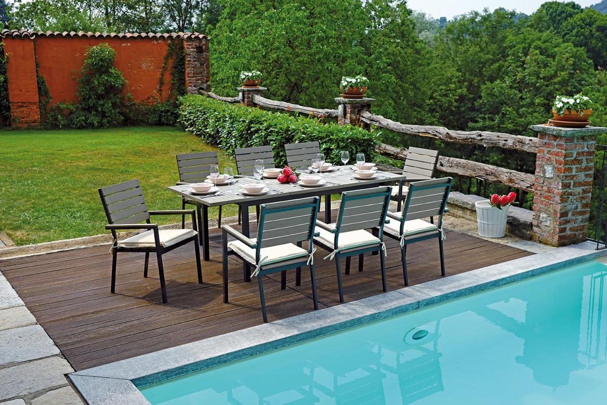 Tavolo riomaggiore allungabile 150 210 x 89 cm rte for Completi da giardino