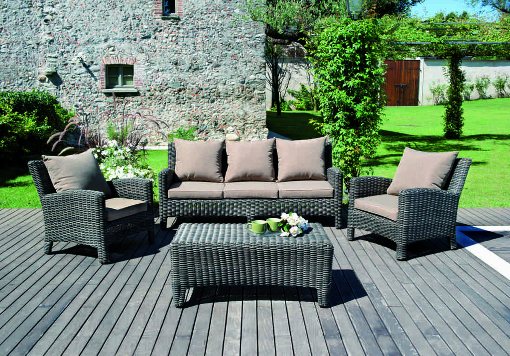 Set divanetto giardino porto rotondo divano 2 poltrone for Arredo giardino in rattan