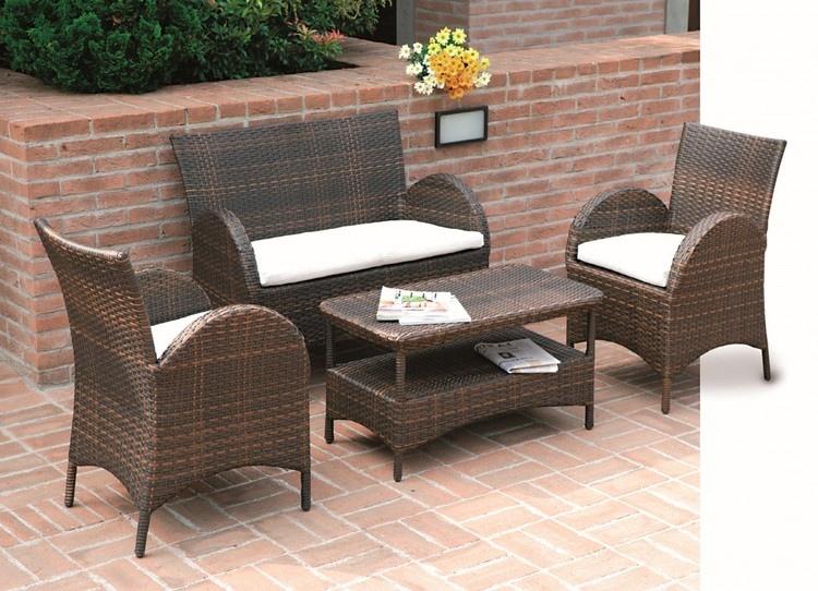 Set divanetti atlanta divano 2 poltrone tavolino for Volantino mobili da giardino