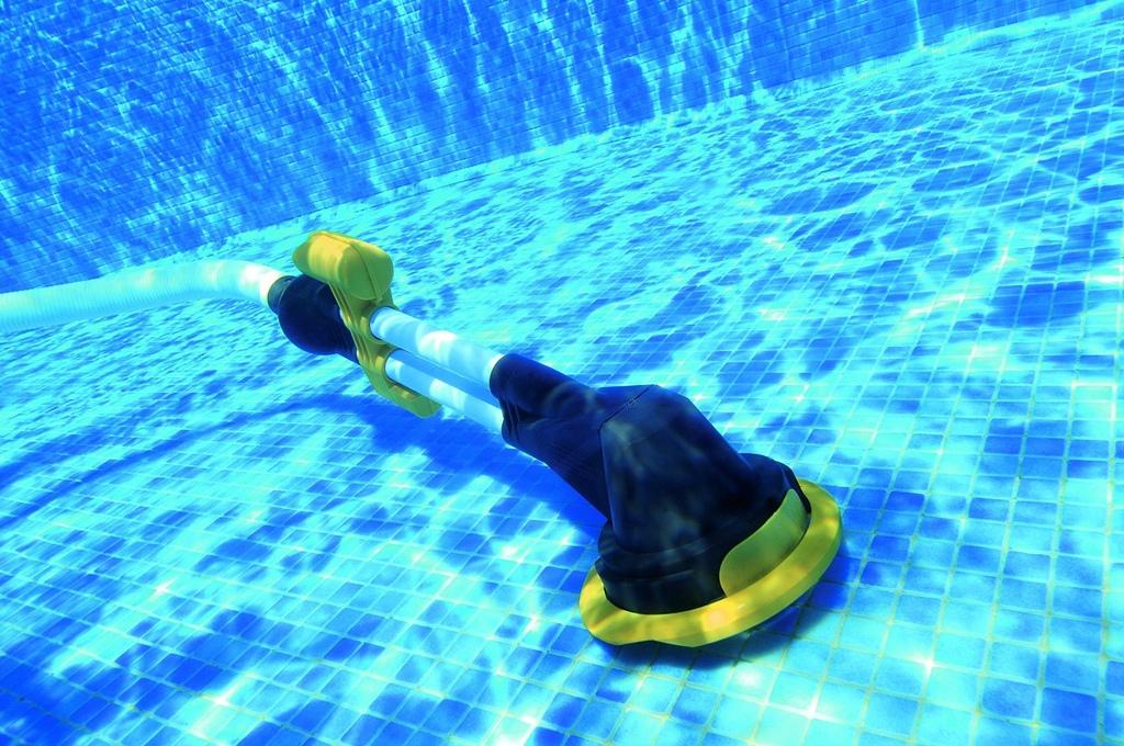 Pulitore aspiratore automatico zappy per piscine fuori - Pulitore per piscina ...