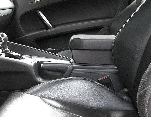 Bracciolo regolabile con portaoggetti per Audi TT (dal 2007)