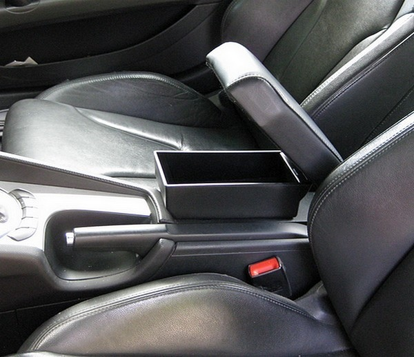 Bracciolo con portaoggetti per Audi TT (dal 2007)