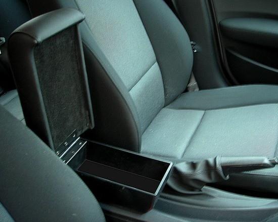 Bracciolo con portaoggetti per BMW Serie 1 E81 - E87