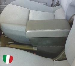 Bracciolo con portaoggetti per Peugeot 107