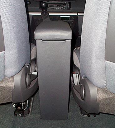 Bracciolo regolabile con portaoggetti per Peugeot 807