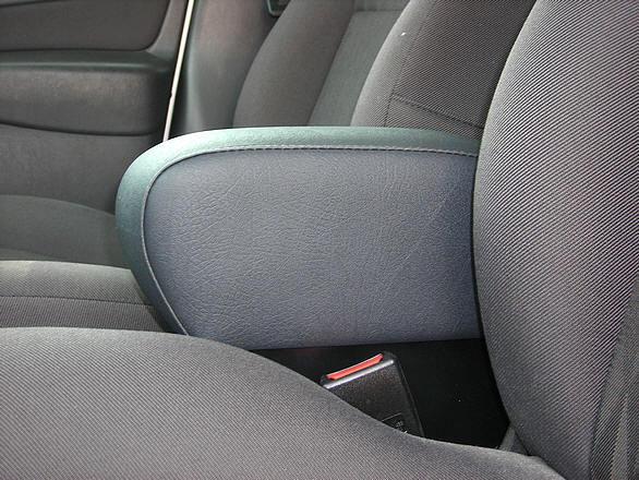 Bracciolo con portaoggetti per Ford Focus (1997-2001)