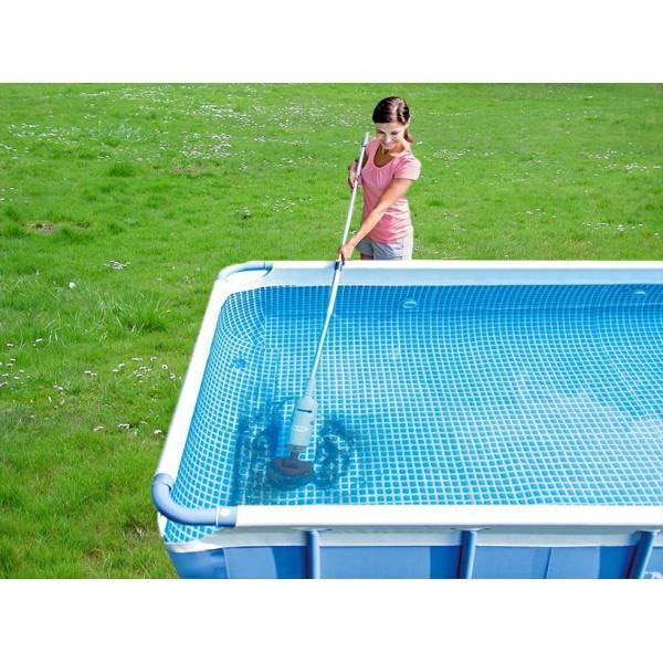L 39 aspiratore per spa e piscine idromassaggio intex 28620 for Teli per coprire piscine fuori terra