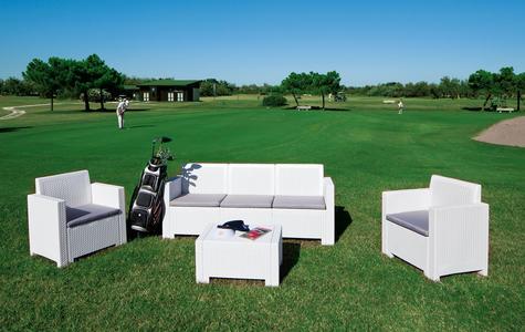 Salotto in polipropilene da giardino 5 posti ALABAMA 3 in rattan COLORE BIANCO con divano 3 posti poltrone tavolino